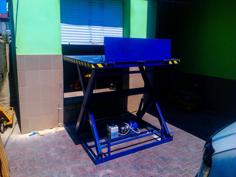 Изображение гидравлического подъемного стола №18