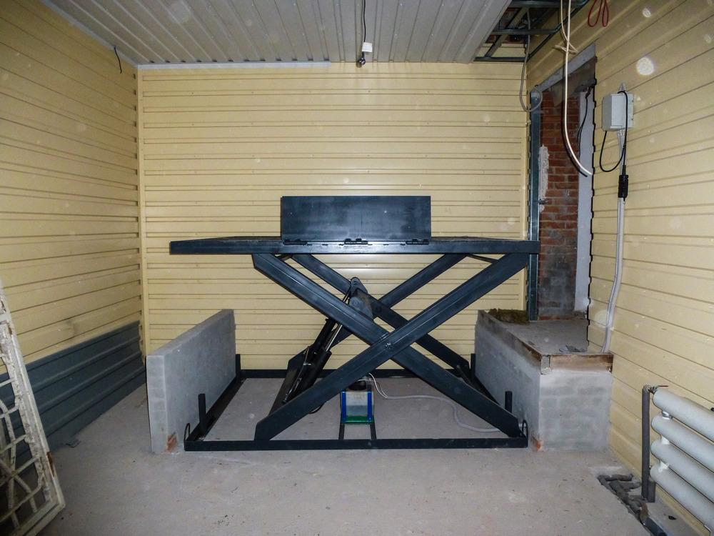 Изображение гидравлического подъемного стола №21