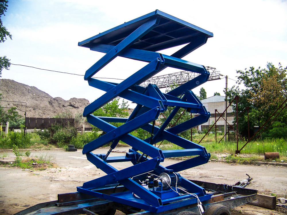 Изображение межэтажного гидравлического подъемного стола №4