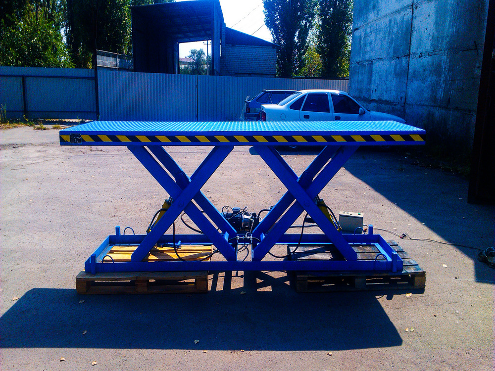 Изображение гидравлического подъемного стола для габаритных грузов №4