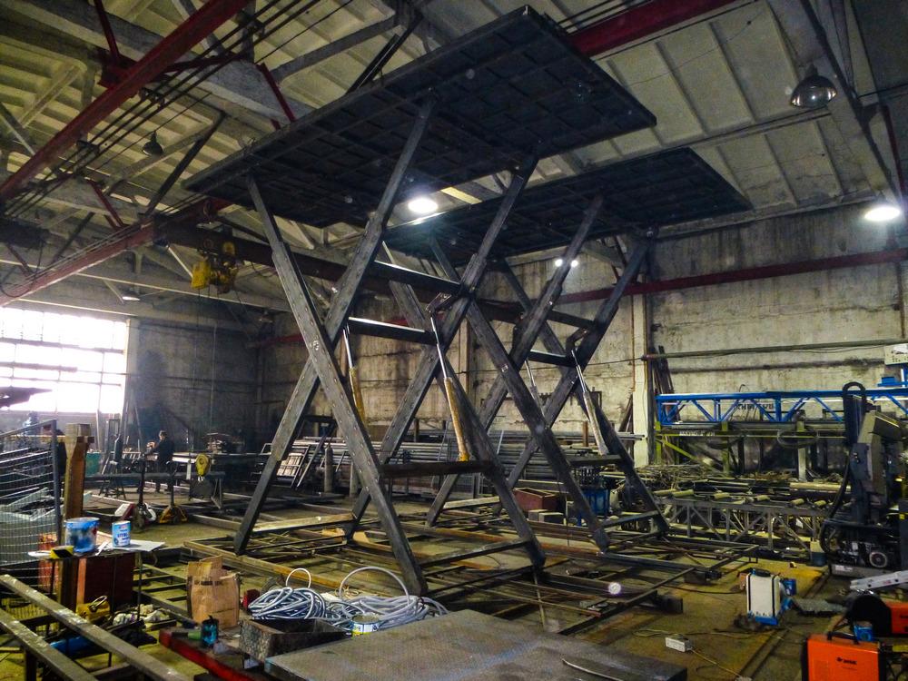 Изображение гидравлического подъемного стола для габаритных грузов №5