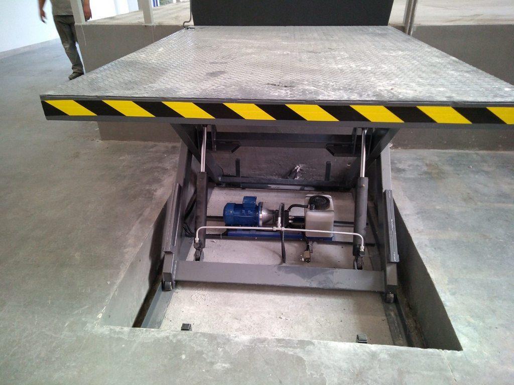 Изображение реализованного проекта по гидравлическому подъемному столу №13