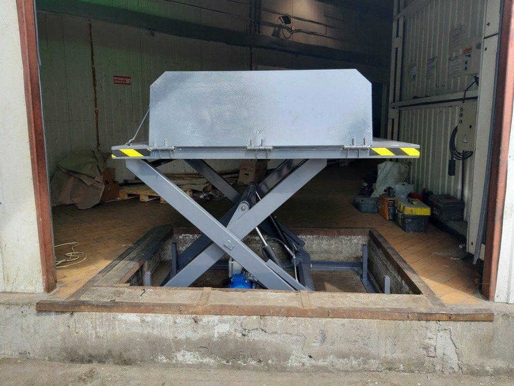 Изображение реализованного проекта по гидравлическому подъемному столу №9