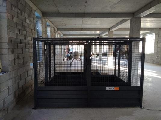 Межэтажный подъемник для промышленного комплекса вид 5