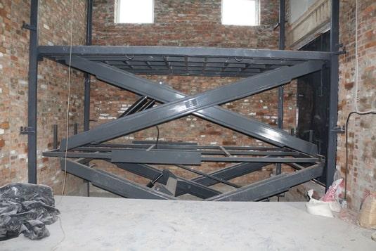 Межэтажный подъемник для складского комплекса вид6