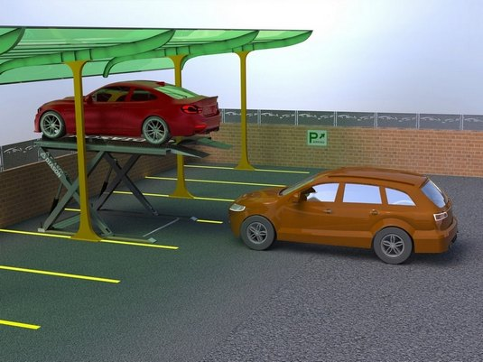 два авто возле ножничного парковочного подъемника