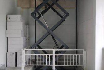 Межэтажный подъемник для мебельного магазина вид5