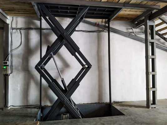 Межэтажный подъемник для магазина 7й километр вид1