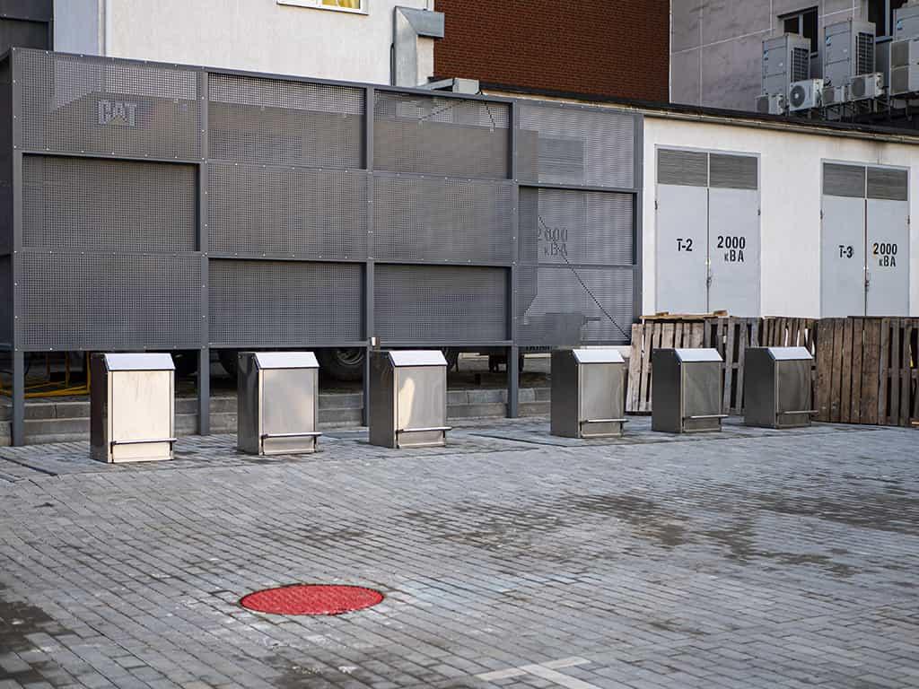 подземные мусорные баки